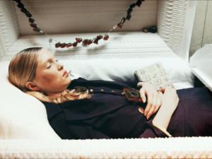Что значит видеть себя в ГРОБУ во сне живым
