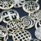 Славянские обереги для мужчин: значение и описание, как их выбрать, какие символы можно носить вместе, самые сильные из них с фото